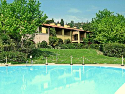 Photo for House with lake view and swimming pool near Golf Club and Lake Garda, with wifi