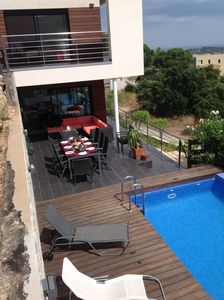 poolterrace accesible from diningroom and kitchen