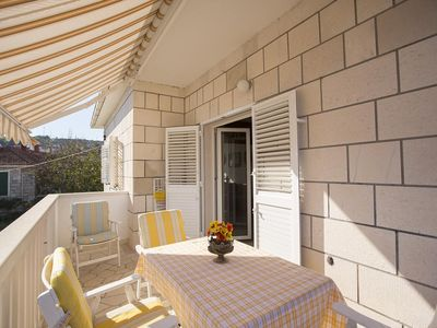 Photo for Two bedroom apartment with balcony and sea view Postira (Brač)