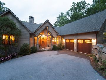 Beautiful and Private Home in Old Edwards Club Highlands, NC