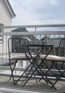 Sunny Balcony with view to Arthur Seat