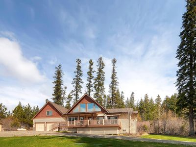 Photo for SAVE 25%! Awesome Private Luxury Home Nr Suncadia | Game Rm-Hot Tub-Grass Yrd
