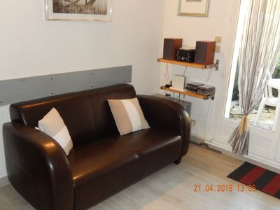 Photo for HOUSE OF 40 m² SANARY 2 bedrooms + parking + wifi + POOL