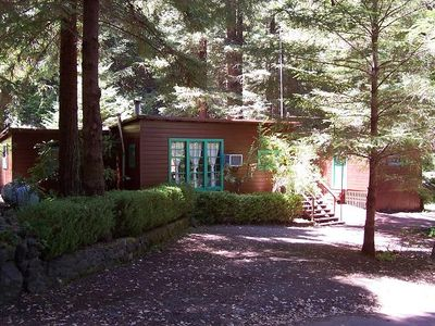 30-day Minimum Family-friendly retreat with wood hot tub
