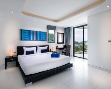 Photo for Joy Phuket Absolute Twin Sands Resort & Spa - Pool Side View Apartment