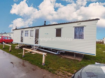 Photo for 8 berth caravan for hire at St Osyths holiday park in Essex ref 28019