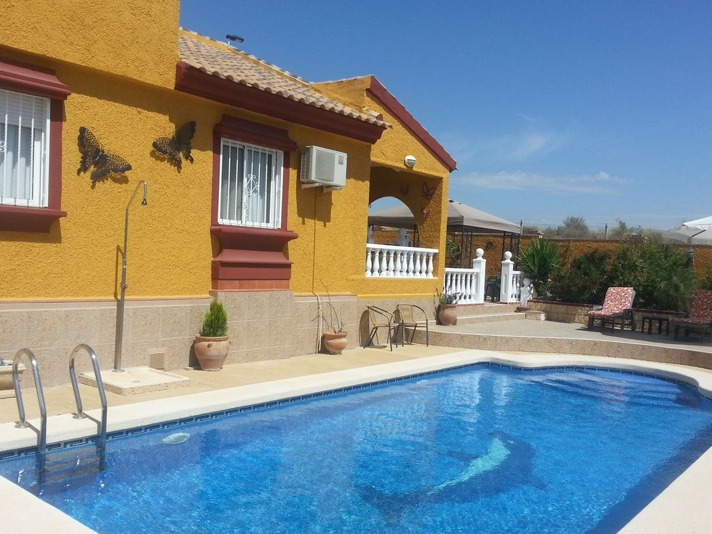 Detached Holiday Home With Private Swimming Pool In