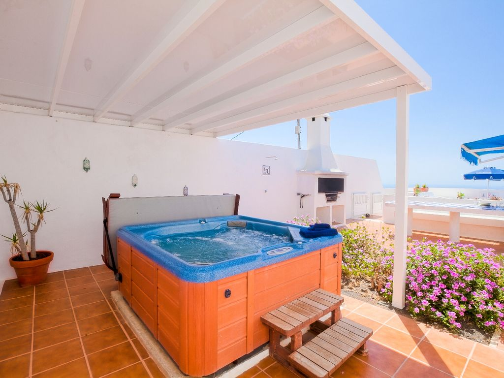 jacuzzi villa with sea - photo #33