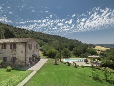 Photo for Stunning private villa for 10 guests with WIFI, private pool, TV and parking