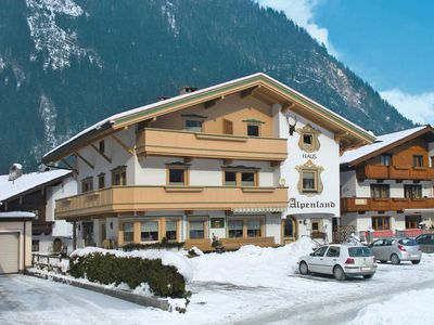 Photo for Apartment Haus Alpenland (MRH253) in Mayrhofen - 4 persons, 1 bedrooms