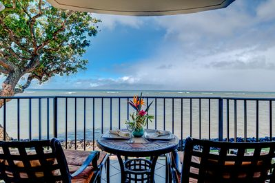 Front row ocean and island views from your private lanai!