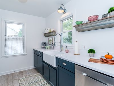 Photo for Urban Cottage, located just minutes from the Mayo Clinic and downtown Rochester.