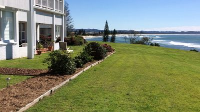 Photo for 21 The Quarterdeck Stylish waterfront accommodation