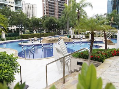 Photo for Barra Premium CaviRio – Modern flat Barra da Tijuca (king)