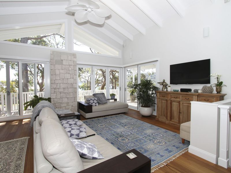NEW: Hampton House, Pittwater