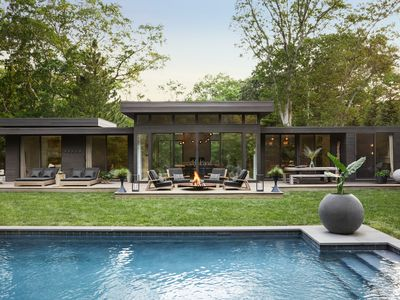 Photo for Impeccably Designed Modernist Amagansett home - Published In Elle Decor