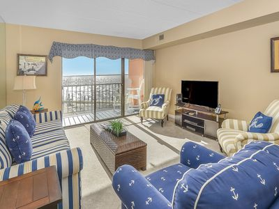 Photo for Impeccable 1 bedroom bay front condo with outdoor pool