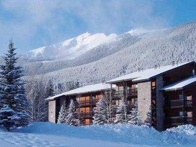 Picture Perfect Condo in the Heart of Ski Country