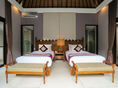 Photo for Luxurious villa near Seminyak area with spacious living areas and a private pool