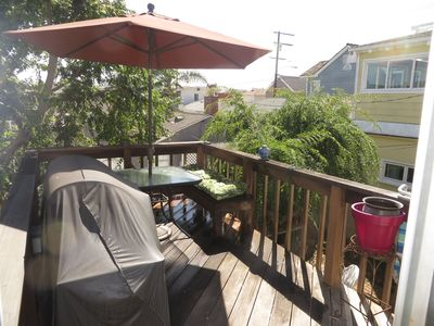 Photo for Quiet And Charming, Just Steps To Beach And Downtown