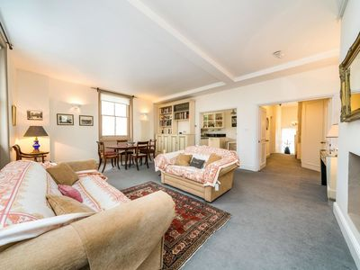 Photo for NEW 2 Bedroom Flat in Central London