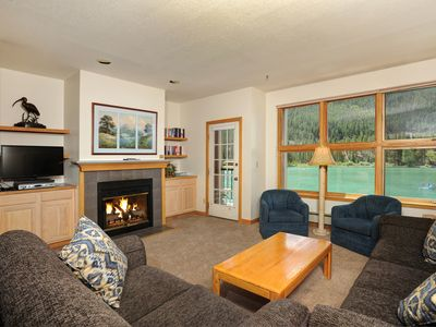 Photo for 2 Cozy, Bright Family-Friendly Condo for 6 with Fireplace and Balcony