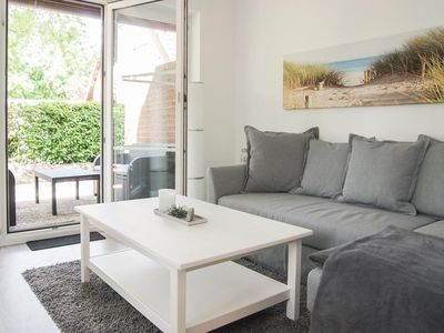 Photo for Modern, high quality apartment for 2-4 pers. with terrace only 3 minutes to the Baltic Sea, Wi-Fi, parking space