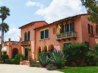 Photo for The Historic Villa Bed and Breakfast of Daytona Beach