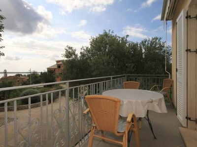 Photo for One bedroom apartment with balcony and sea view Nerezine (Lošinj)