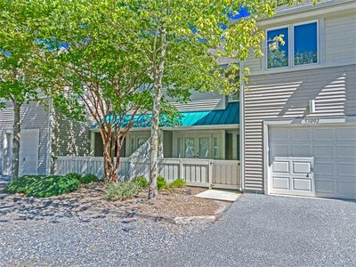 Photo for 5302H: 3BR Sea Colony West TH | Garage | Private Beach, Pools, Tennis & More!