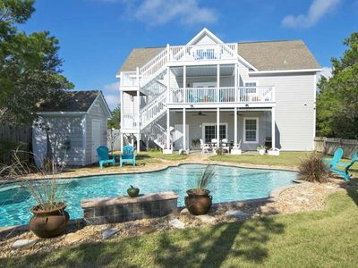 Photo for Lovely Vacation Home~ Pet Friendly~ Partial Gulf Views ~ Private Pool!