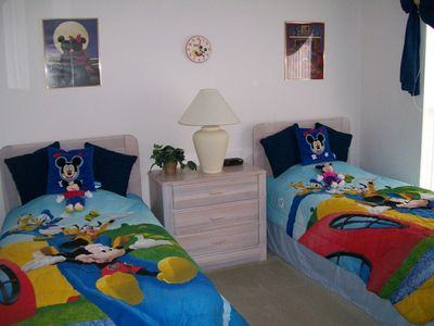 Photo for Cute 3 bed, Pool, games room, 3 miles to Disney, family friendly