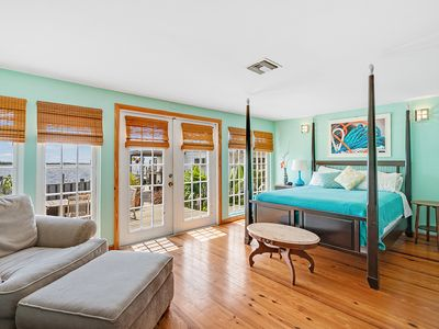 Photo for Stunning Tarpon Cottage at Hidden Treasures - Matlacha