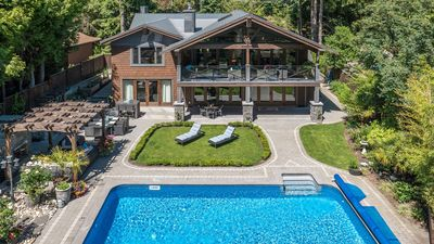 Photo for West Vancouver Luxury Family Summer Home