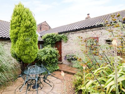 Photo for THE SMITHY, pet friendly, with a garden in Beverley, Ref 961672