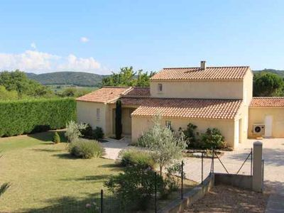 Photo for Recent Provencal villa with all the comforts, spacious garden and private pool