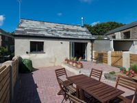A well equipped cottage in a great location