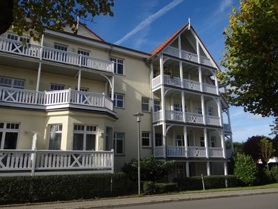 Photo for 3-room apartment Villa Parkblick (Lindenstrasse 14), WiFi, 55 inches UHD, Blu-ray