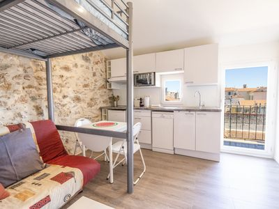 Photo for Cute studio in the heart of vieil Antibes with a balcony and AC