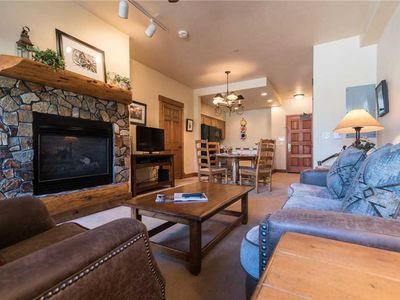Photo for Perfect Mtn Getway - private patio with great access to multiple pools TL2110