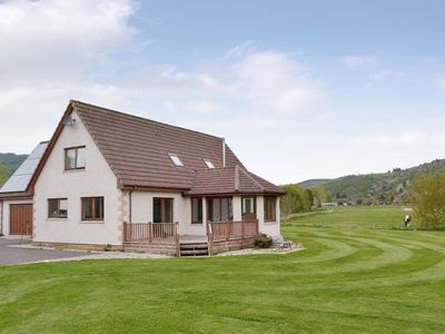 Photo for 4 bedroom accommodation in Drumnadrochit, near Inverness
