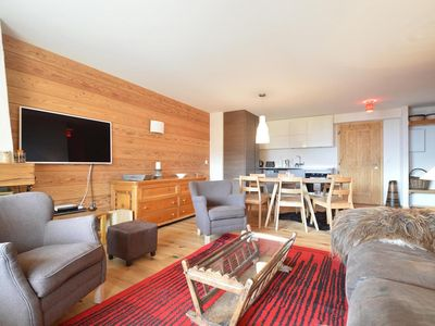 Photo for Beautiful 3 bedrooms apartment situated on the first floor of a building next to the Moulins ski slo