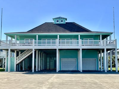 Photo for 3 Bedroom 2 Bath Vacation Rental, Crystal Beach, Texas