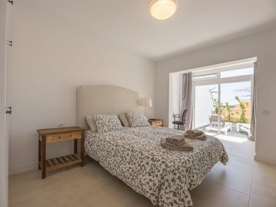 Photo for Large, bright and quiet with terrace, 3 bedrooms, 3 bathrooms, wifi.