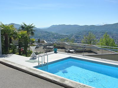 Photo for One bedroom Apartment, sleeps 2 in Lugano with Pool