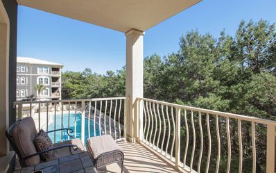 Photo for Don't miss out on our last minute June deals at Seaview C301!