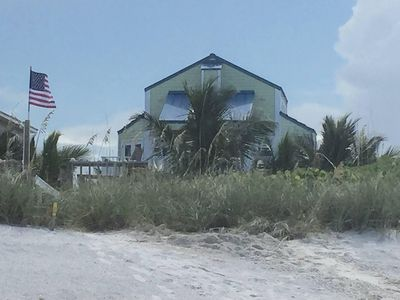 Photo for Beachfront/Riverfront - 2 living areas, Flexible 3 Bedroom 3 Bath