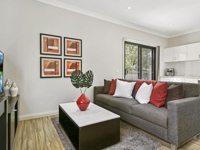 Photo for Family-friendly hideaway in quiet suburb
