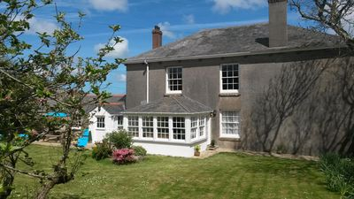 Photo for Cottage with large private garden, surrounded by farmland. Family & dog friendly