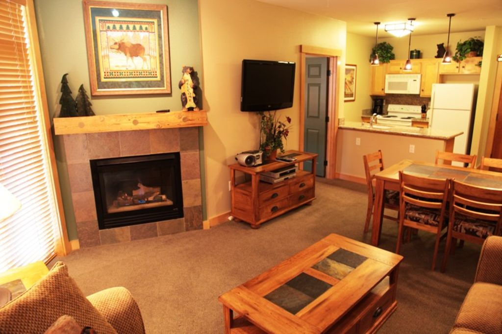 Cozy 2 Bed 2 Bath Ski In Ski Out Homeaway Mammoth Lakes